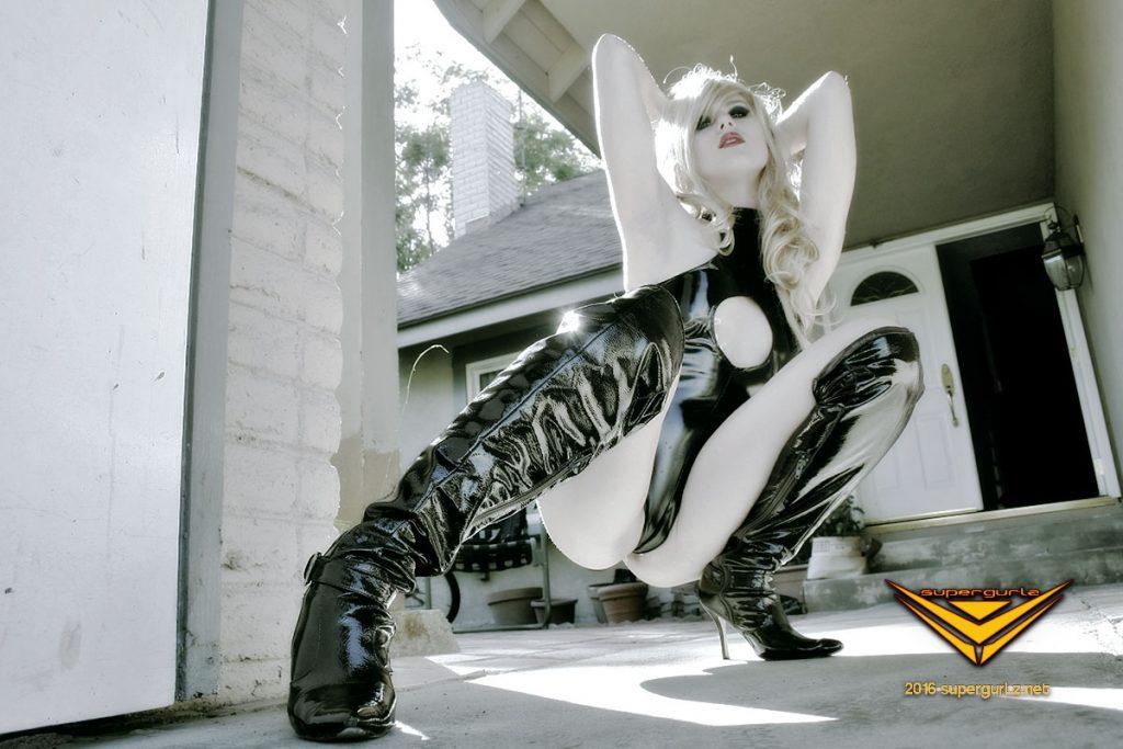 flare supergurlz sultry noir pinup session heroic publishing Brigitte Bardot anime cosplay