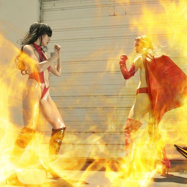 Vampirella vs Supergirl supergurLz network sexy cosplay photo gallery